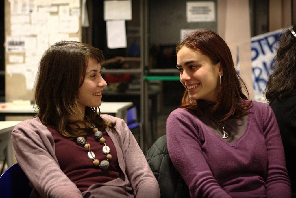 Le donne e il paradosso della felicità: più libere e meno soddisfatte